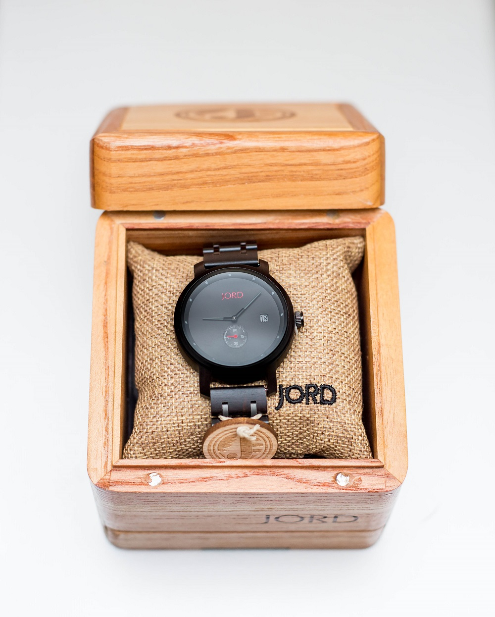 http://www.woodwatches.com/#zinnyfactor